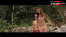 Kristen Stewart Bikini Scene – The Twilight Saga: Breaking Dawn - Part 1