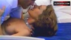 Nathalie Baye Boobs Scene – Rive Droite, Rive Gauche