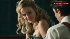 Brie Larson In Сostume of Eva – Tanner Hall