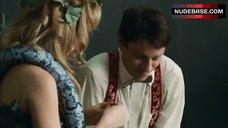 5. Brie Larson In Сostume of Eva – Tanner Hall