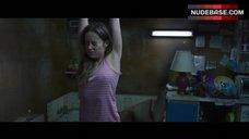 Brie Larson Erect Pokies – Room