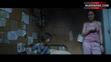 8. Brie Larson Erect Pokies – Room