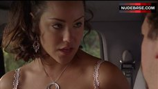 4. Katy Mixon Shows Tits in Car – Eastbound & Down