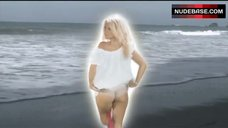 Pamela Anderson Shows Ass in Panties – Costa Rican Summer