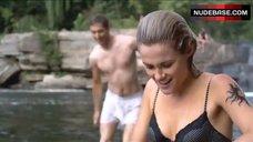 Rachael Taylor Wet in Bra and Panties – Splinterheads