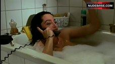 Natalia Worner Flashes Nude Tits – Der Handymorder