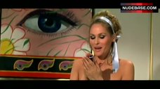 5. Ursula Andress Flashes Pokies – Casino Royale
