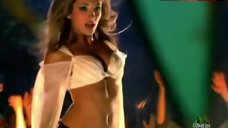 India De Beaufort Shaking Boobs – Krod Mandoon And The Flaming Sword Of Fire