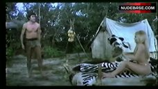 9. Pamela Tifin Bare Breasts ans Ass – Il Vichingo Venuto Dal Sud