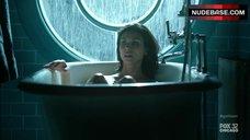 Morena Baccain in Bathtub – Gotham