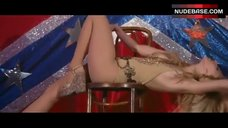 Juno Temple Striptease – Dirty Girl