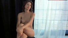 Kari Wuhrer Naked Modeling – Luscious