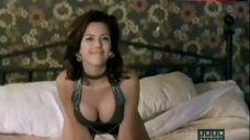Sexy Kari Wuhrer in Lingerie – Hot Blooded