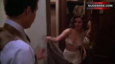 2. Carrie Fisher Dressing in Room – Under The Rainbow