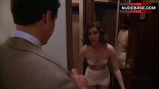 4. Carrie Fisher Dressing in Room – Under The Rainbow
