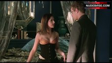 1. Sarah Michelle Gellar Hot Scene – Cruel Intentions