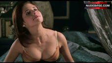 3. Sarah Michelle Gellar Hot Scene – Cruel Intentions