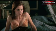 Sarah Michelle Gellar Hot Scene – Cruel Intentions