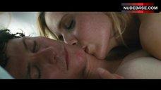 6. Sarah Michelle Gellar Sex Scene – Veronika Decides To Die