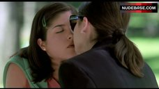 2. Sarah Michelle Gellar Lesbian Kiss – Cruel Intentions