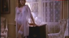 Faye Grant Hot Scene – Tales From The Crypt