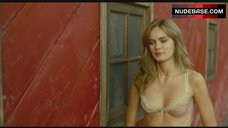 3. Sara Paxton Hot Scene in Bathroom – The Last House On The Left