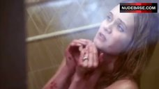 Sara Paxton in Shower – Blue-Eyed Butcher