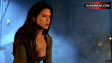 Rhona Mitra Decolltte – Beowulf
