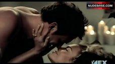 3. Sexy Rhona Mitra in Lingerie – Nip/Tuck