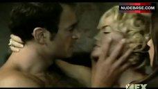 8. Rhona Mitra Lesbian Scene – NipGroup Sex,Tuck