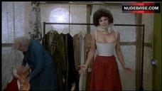 5. Kim Novak in Corset – The Mirror Crack'D