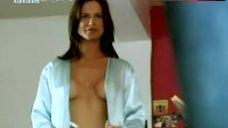 Sarah Matravers Hot Scene – Mile High