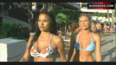 Brande Roderick Sexy in Blue Bikini – Baywatch: Hawaiian Wedding