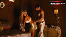 Sexy Brande Roderick – Snoop Dogg'S Hood Of Horror