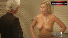 Chelsea Handler Undressed – Chelsea Lately