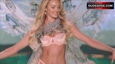 Candice Swanepoel in Sexy Underwear – The Victoria'S Secret Fashion Show 2014