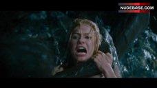 5. Naomi Watts Hot Scene – King Kong
