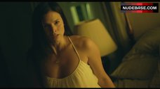 Katrina Law Hot Scene – Apparition