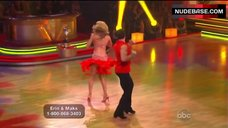 6. Erin Andrews Hot Dance on Stage– Dancing With The Stars