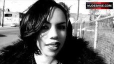 4. Kiely Williams Hot Dance – Spectacular