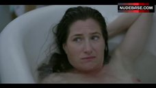 Kathryn Hahn Shows Nude Tits – I Love Dick