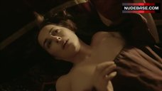 Amira Casar Sex on Floor – Versailles