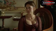 Hayley Atwell Decollete – Mansfield Park