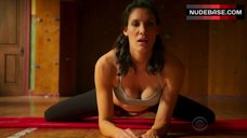 Daniela Ruah Hot in Sports Bra – Ncis: Los Angeles