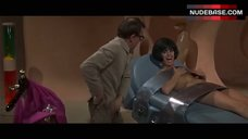 Daliah Lavi Hot Scene – Casino Royale