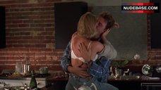 Kelly Rowan Hot Scene – Candyman: Farewell To The Flesh
