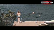 2. Elizabeth Olsen Ass Scene – Martha Marcy May Marlene