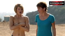 Kathleen Rose Perkins Covers Naked Breasts – Episodes