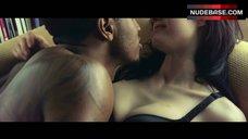 Alexandra Daddario Lingerie Scene – Texas Chainsaw 3D
