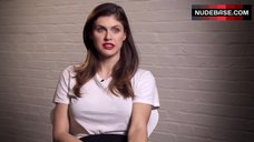 8. Sexuality Alexandra Daddario – How To Date Alexandra Daddario - Gq Photoshoot